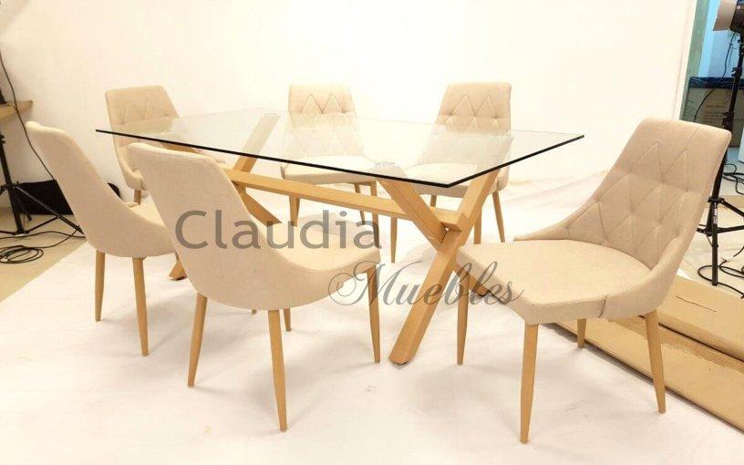 Mesa de comedor cruz con tapa de vidrio y patas en cruz for Comedores y sus precios