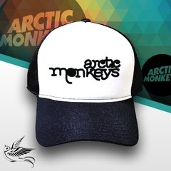 BONÉ ARCTIC MONKEYS BAND na internet