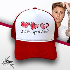 BONÉ JUSTIN BIEBER LOVE YOURSELF
