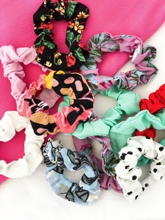 PACK X 3 SCRUNCHIES en internet