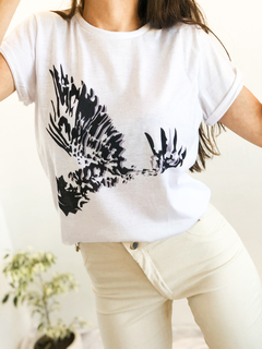 REMERA EAGLE BLANCA en internet