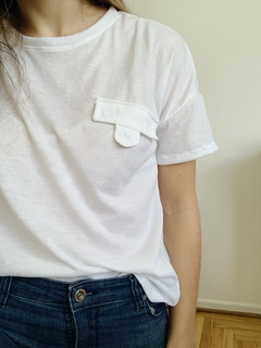 REMERA POCKET BLANCA - comprar online