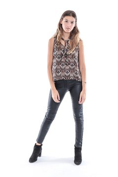 BLUSA COCONUT BLACK en internet