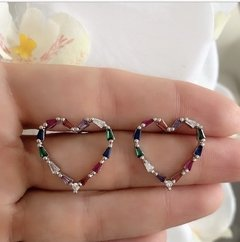 ARETES HEART BAGUETTE COLORS SILVER