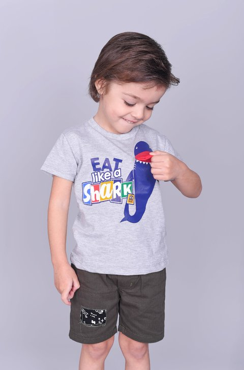 Remera EAT SHARK - Pecosos
