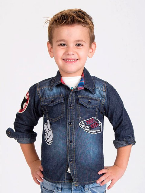 Camisa denim con parches
