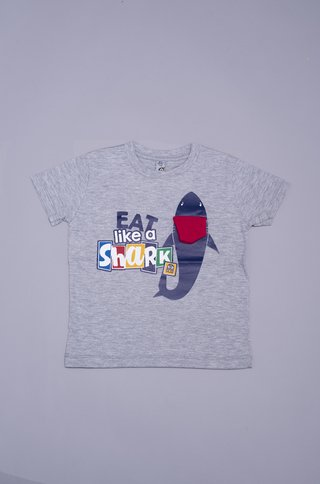 Remera EAT SHARK - comprar online