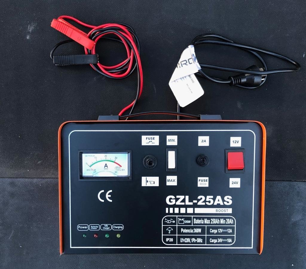 c3cdf759e72 Cargador de Baterias Auto Kushiro 25 amp Auto stop 12/24v. 1