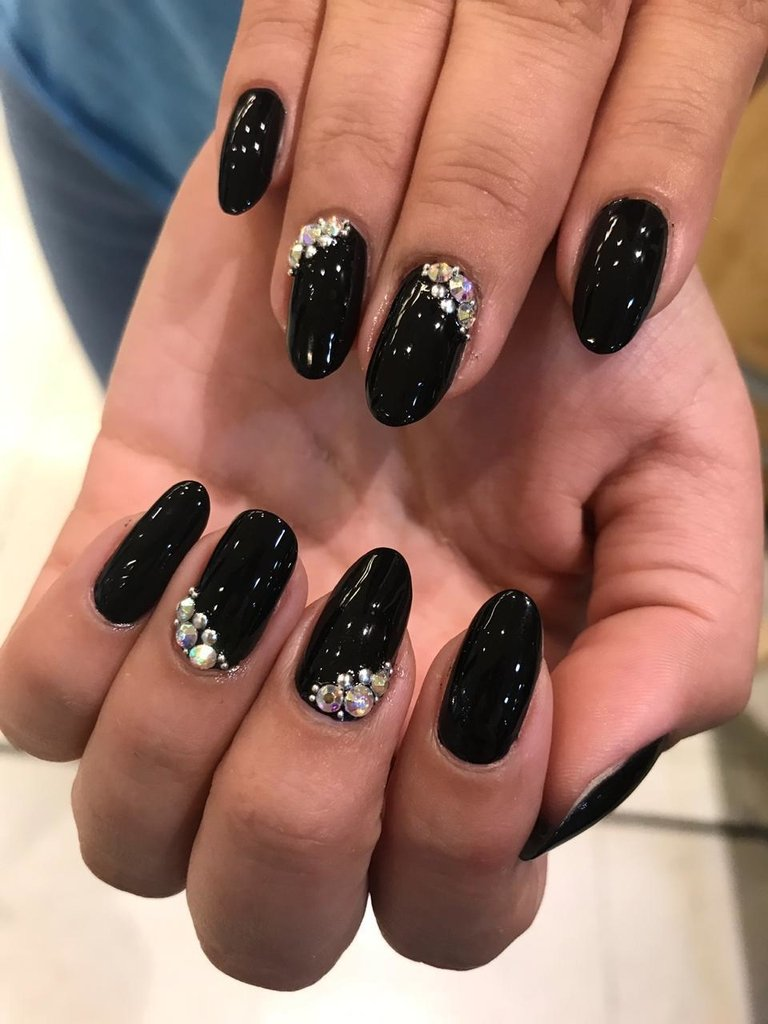 Manicuria integral + 2 par de Strass