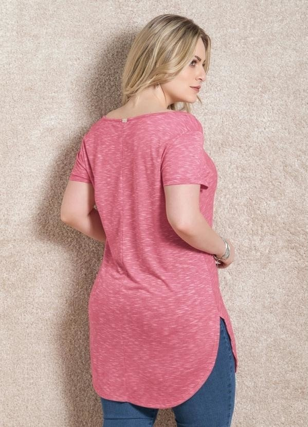 Blusa Alongada Quintess Rosa Plus Size na internet