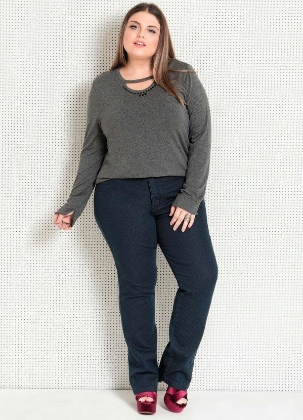 Blusa com Pedraria Plus Size Quintess na internet