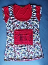Remera parche roja estampa MARIPOSAS