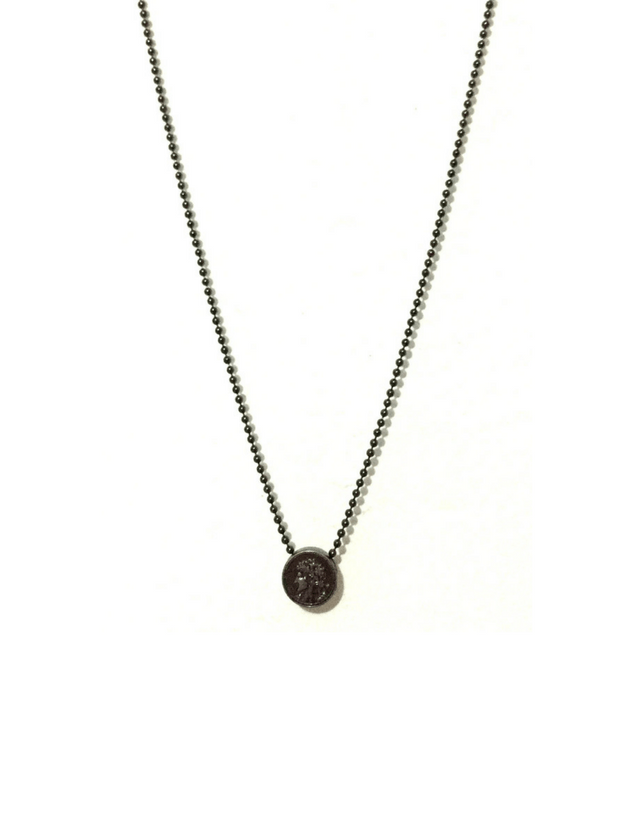 Metal coin necklace with onyx color.