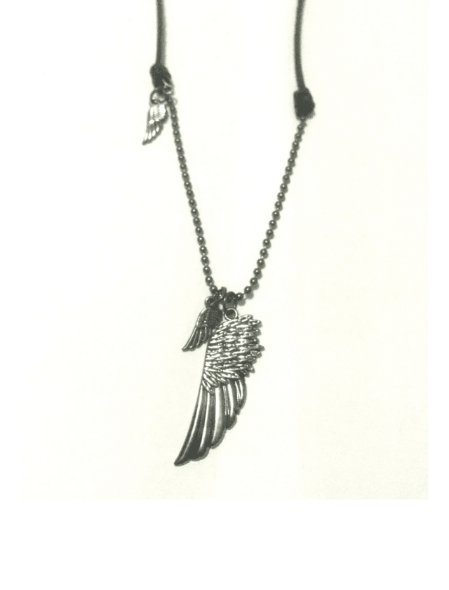 Black leather necklace with 3 wings