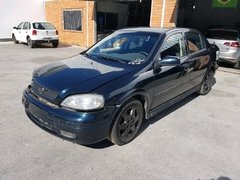 GM Astra sedan GLS 2.0 16v 2001