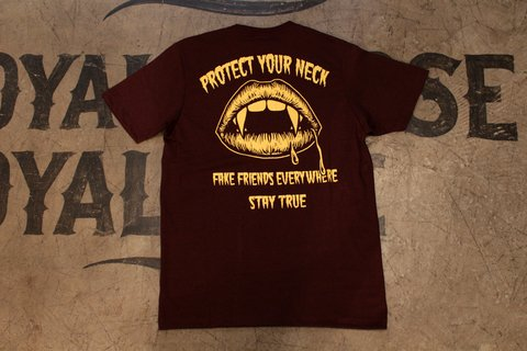 Stay True - Protect Your Neck Vinho na internet