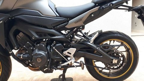 KIT Yamaha MT-09 on internet