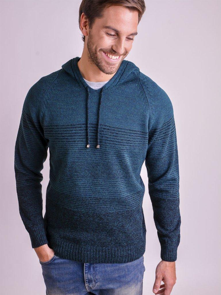 sueter con capucha de lana