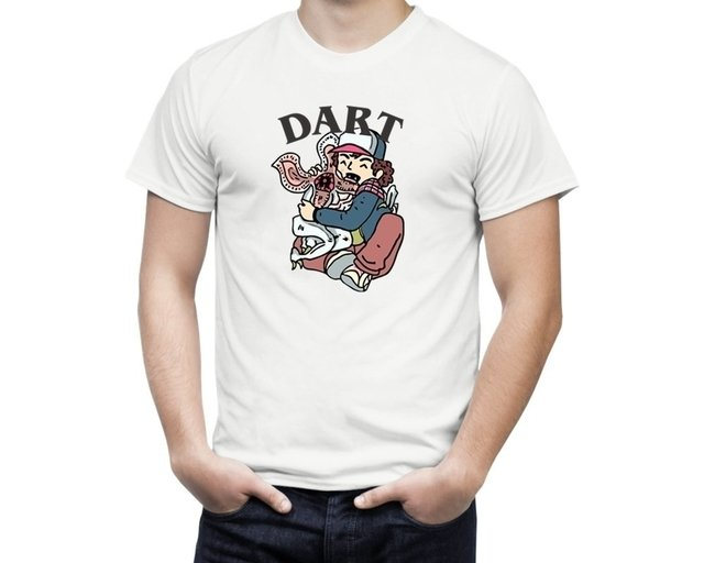 Camiseta Stranger Things Dustin e Dart