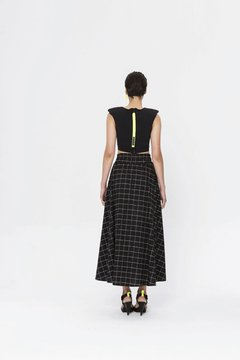 OITA SKIRT on internet