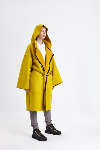 LOMBARD COAT AMARILLO en internet