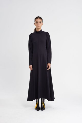 CHURCHFENTON DRESS NEGRO