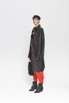 MOONPARK RAINCOAT - comprar online