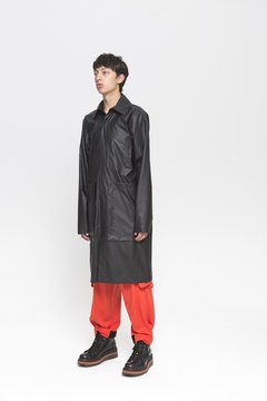 MOONPARK RAINCOAT en internet