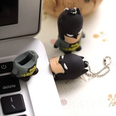 Pen Drive Batman na internet