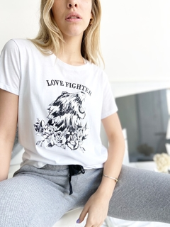 REMERA LOVE FIGHTER