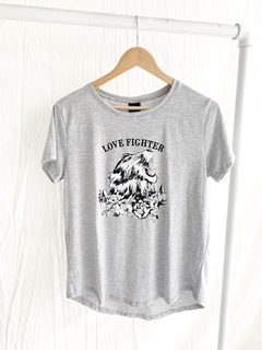 REMERA LOVE FIGHTER - tienda online