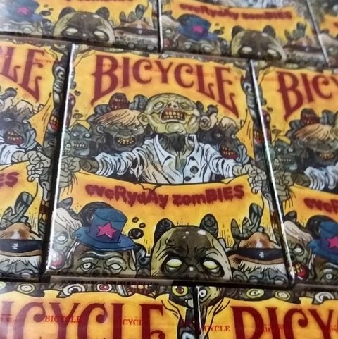 Baraja Bicycle Everyday Zombies