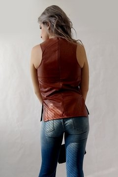 Regata couro leather skin na internet
