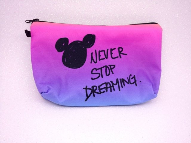 Necessaire - Mickey Never Stop Dreaming
