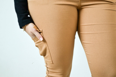 Pantalon cargo Calipso - We are Lovers Indumentaria Talles Grandes