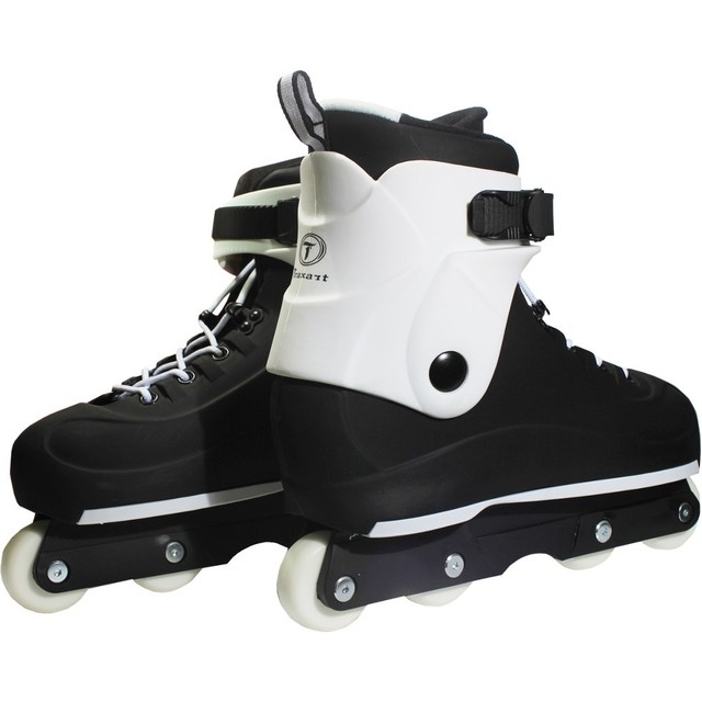 Patins Traxart Black Tribal na internet