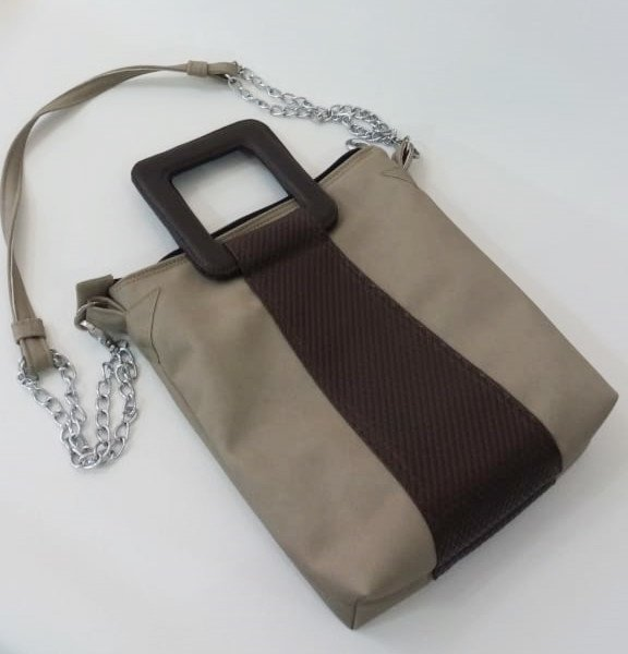 bolsa transversal com alça de mão