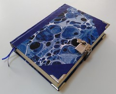 Caderno The Blue Book na internet