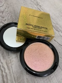 Iluminador MAC dazzle highlighter dazzlepink