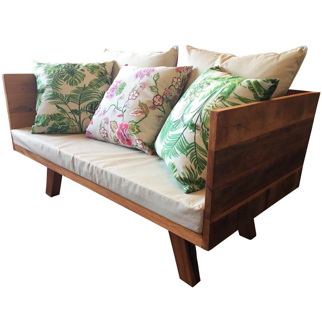 Sofá de madeira de demolição