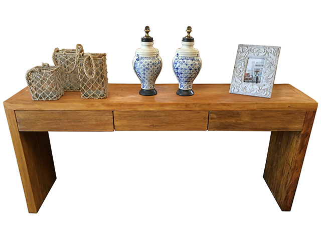 Reclaimed wood sideboard Via Vila