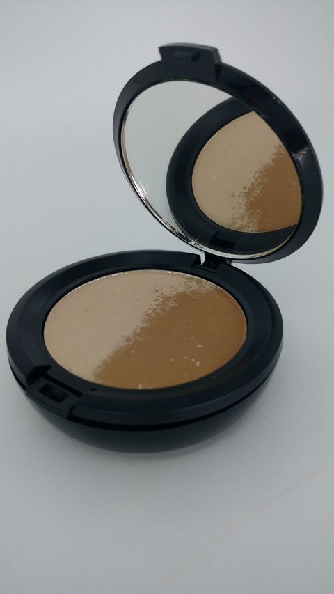 FAND MAKE UP - Duo Iluminador e Bronzeador 10 gr