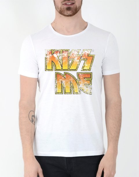 Remera Kiss en internet