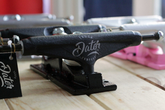 Trucks para skate Dater Full Color LTD 139mm en internet