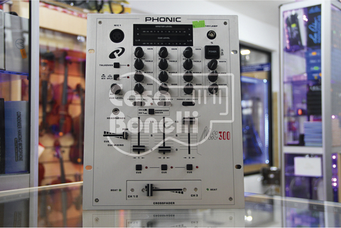 MX-300 Phonic Consola Mixer