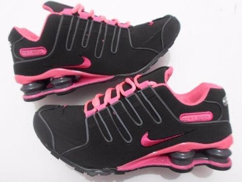 82e3fea7d1 Tênis Feminino Nike Shox Nz Run Preto Rosa 37