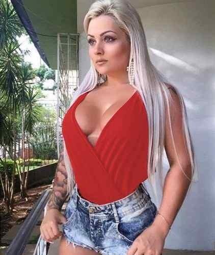 0ee3e5e597 ... Femininos    Body Transpassado Bruna Marquezine Decote Azul Laranja  Creme. 1