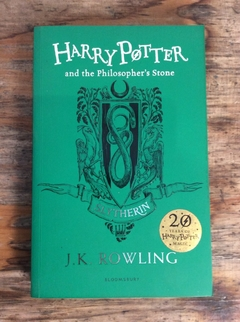 HARRY POTTER AND THE PHILOSOPHER'S STONE (SLYTHERIN) (9781408883761) - comprar online