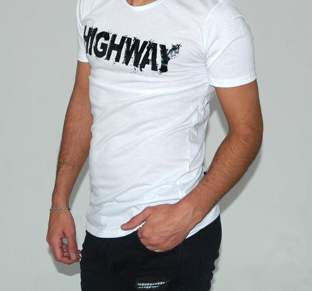 Remera Highway en internet