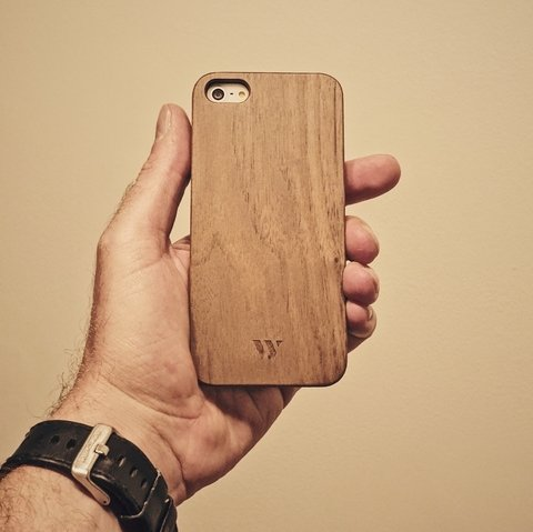 iPhone 5 / 5s / SE - Walnut